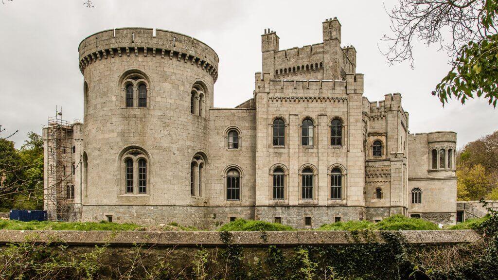 Castle Bank Personal