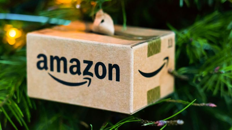 Know Amazon's Holiday Return Policy Before You Shop