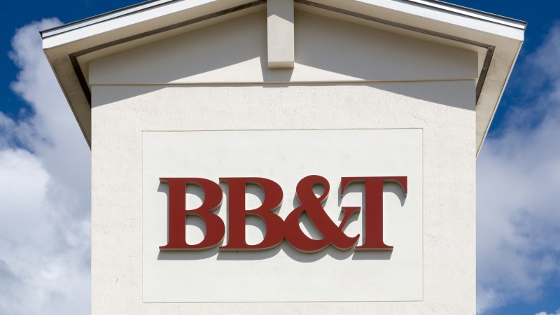 FORT LAUDERDALE, FLA/USA - APRIL 14, 2017: BB&T exterior sign and logo.