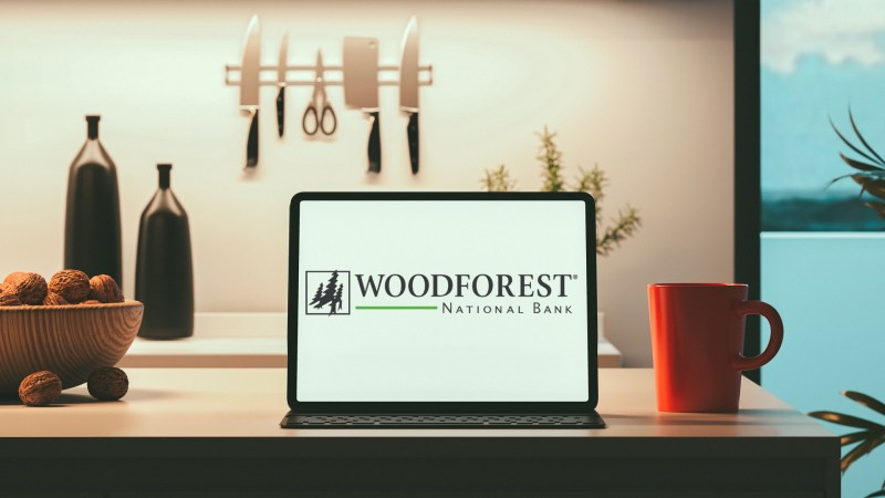 Woodforest bank logo