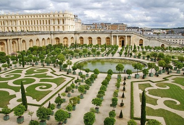 Tourist Places - Palace of Versailles