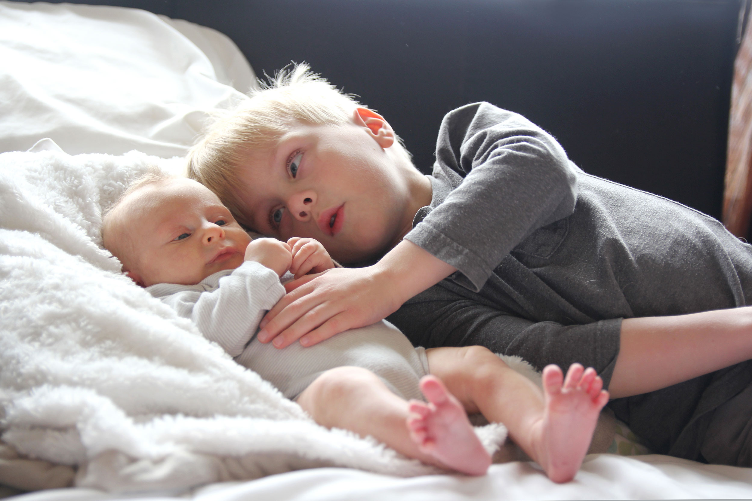 Welcoming A New Baby How To Help A Big Sibling With The