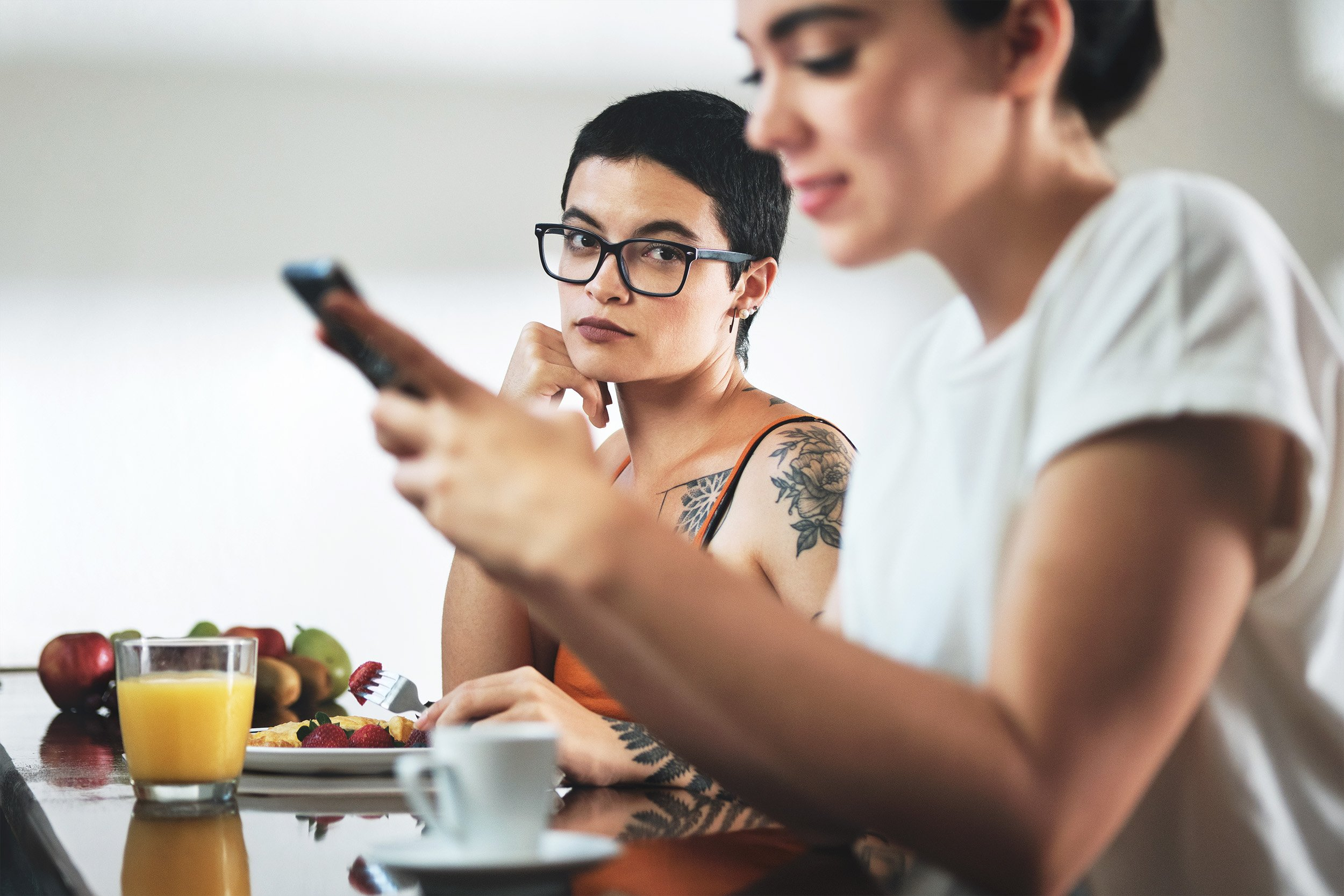 How To Navigate Social Media As A Couple