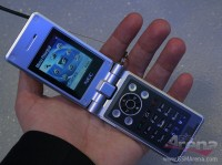 NEC N412i and NEC e949 - News 16 02 Mwc 2006 review