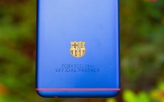 The FC Barcelona logo 18K gold