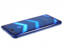 Honor View 20 from the side - Honor View 20 review