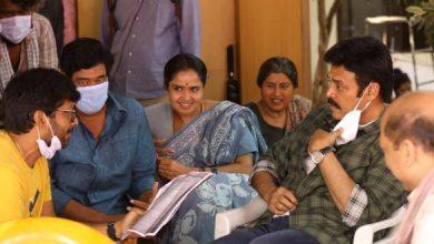 What's Anil Ravipudi Saying To Venkatesh?