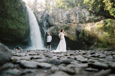 Ersoy & Oguz: Tegenungan Waterfall Bali Honeymoon Shoot ...