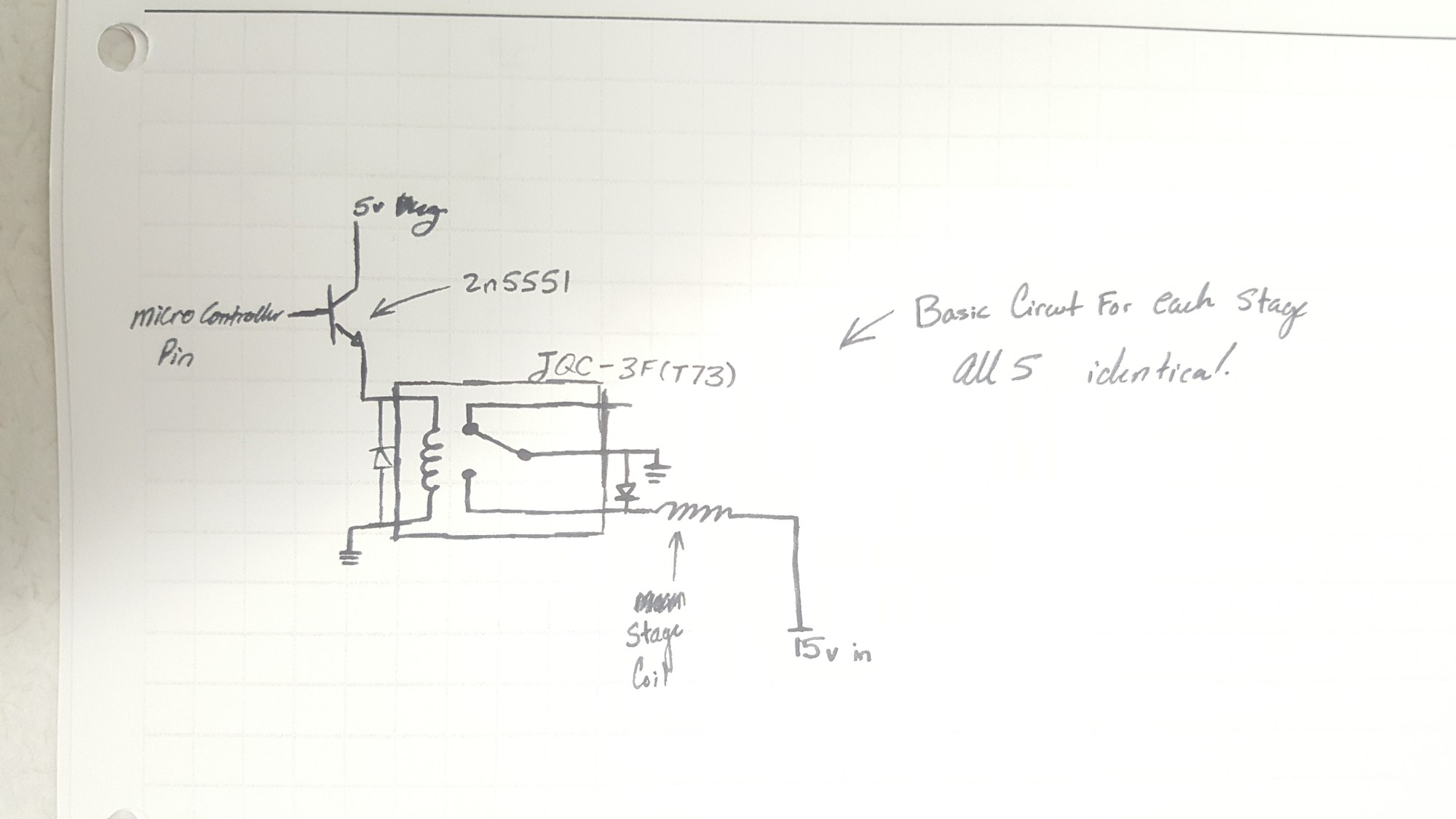 hight resolution of the micro controller diagram is a bit messy it uses an lm7805 linear regulator with a 330uf electrolytic cap and a 22pf ceramic cap on the output other