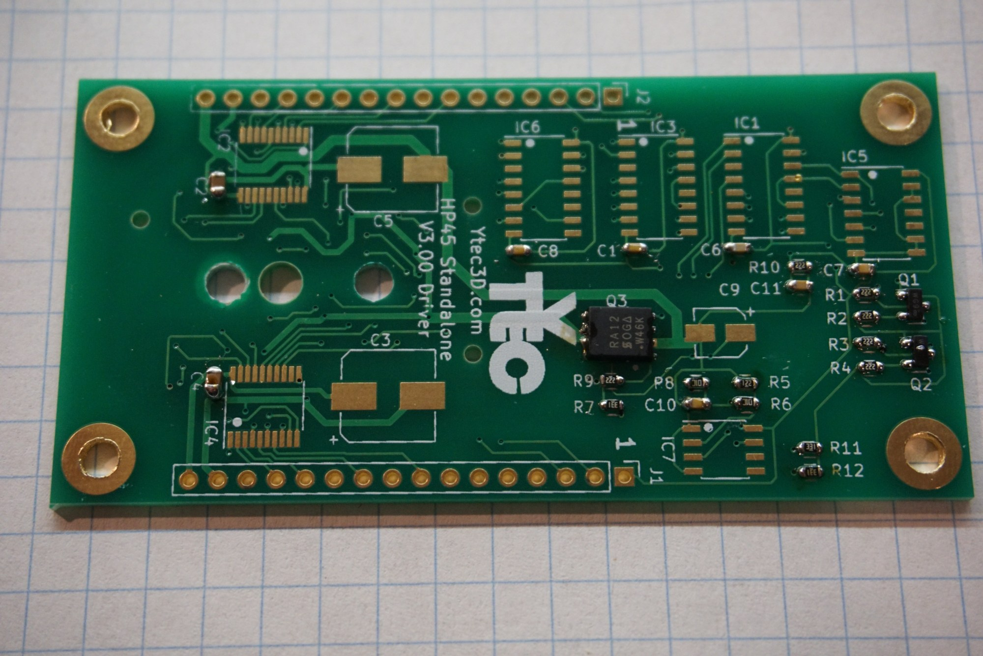 hight resolution of the ic s are plentiful on the driver board ic1 ic3 ic6 are hef4017 with package soic 16 3 9mm the exact 4017 is not important only that it is at least