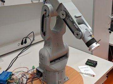 Faze4 Robotic arm