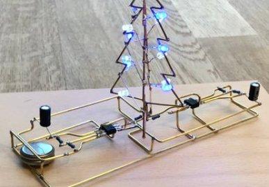 NE555 Christmas Tree