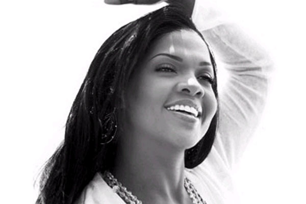 CeCe Winans  Her Gospel Label Signs with Thirty Tigers  News  Hallels