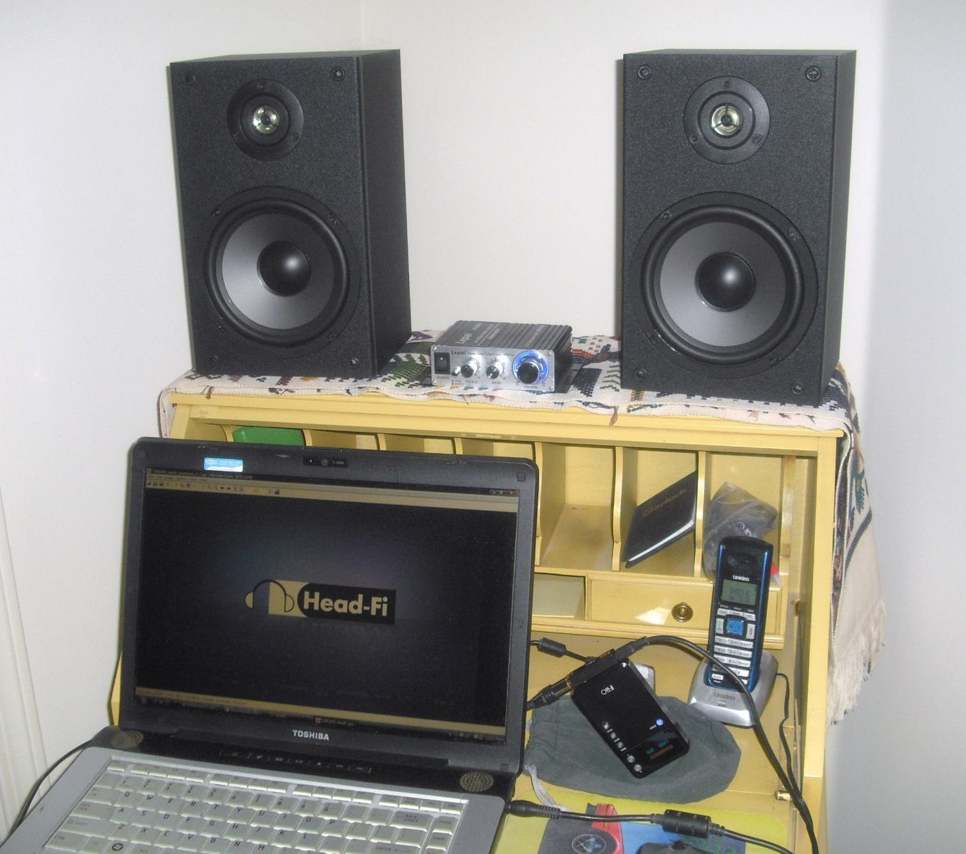 my very low budget nearfield desktop rig (lepai amp and dayton audio