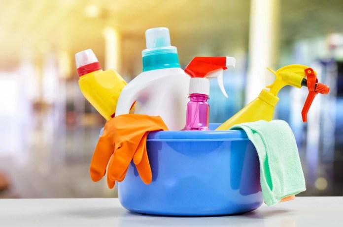 Image result for Membersihkan Rumah dengan Produk Berbahan Kimia