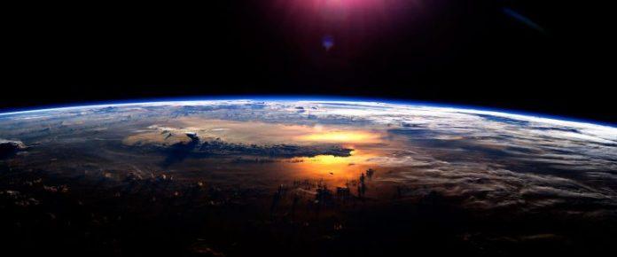 Atardecer . Foto: NASA