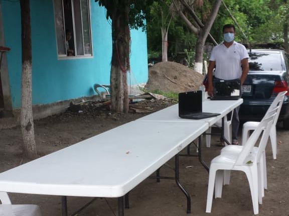 Profesor regala internet Tamaulipas