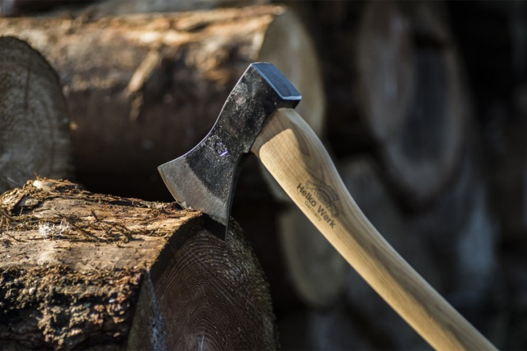 Best Wood For Axe Handle