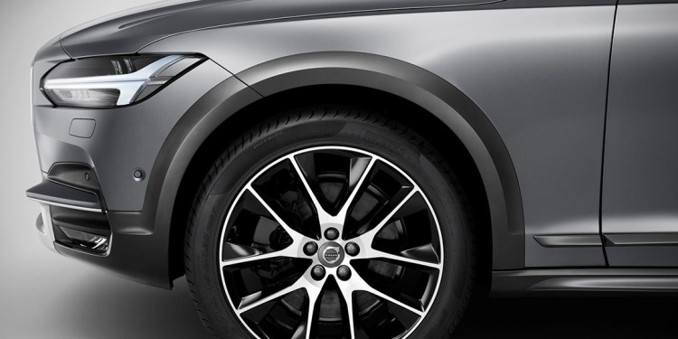 V90-Cross-Country-tyres