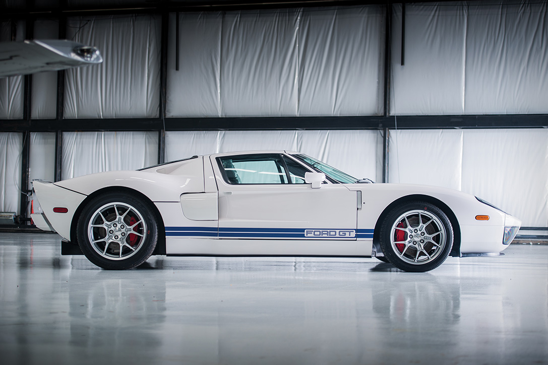 Auction Block  Ford Gt