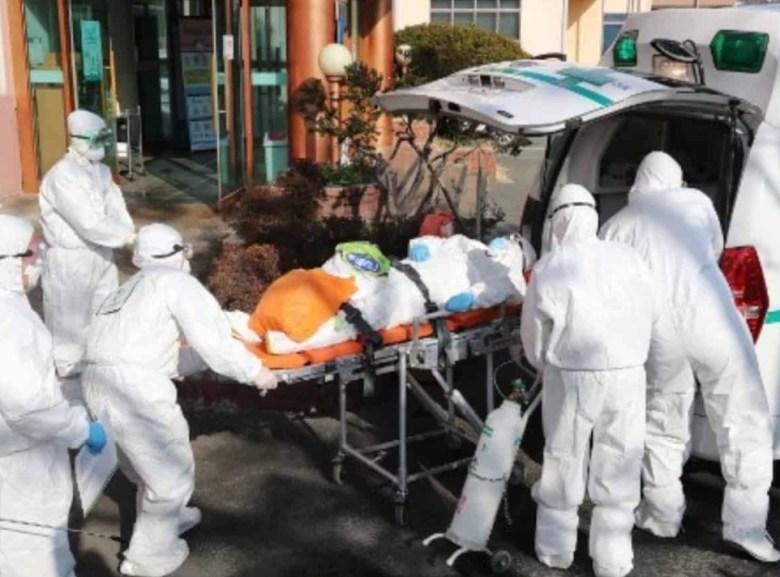 जापान: कोरोना वायरस पोजिटिव होने के बावज़ूद शख्स पहुंचा बार!