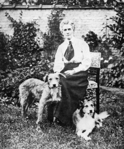 A pre-war photo of Edith Cavell. (Credit: Imperial War Museum)