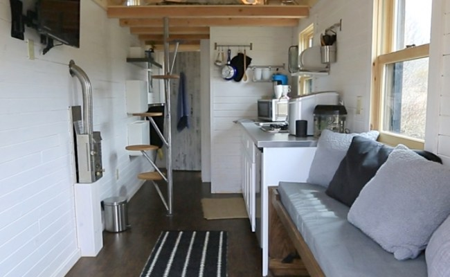 To Fully Utilize Space In A Tiny House It S Best To Think