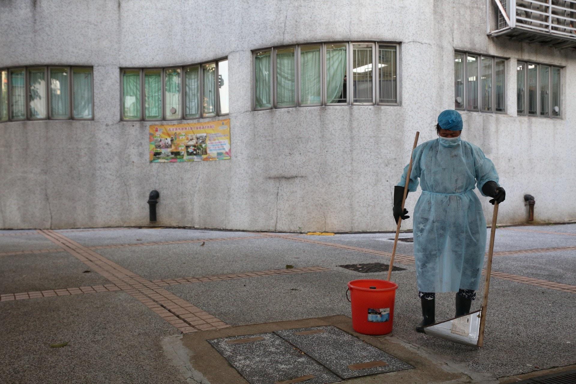 新冠肺炎 康文署外判清潔工確診 負責樂富遊樂場、周日最後上班 香港01 社會新聞