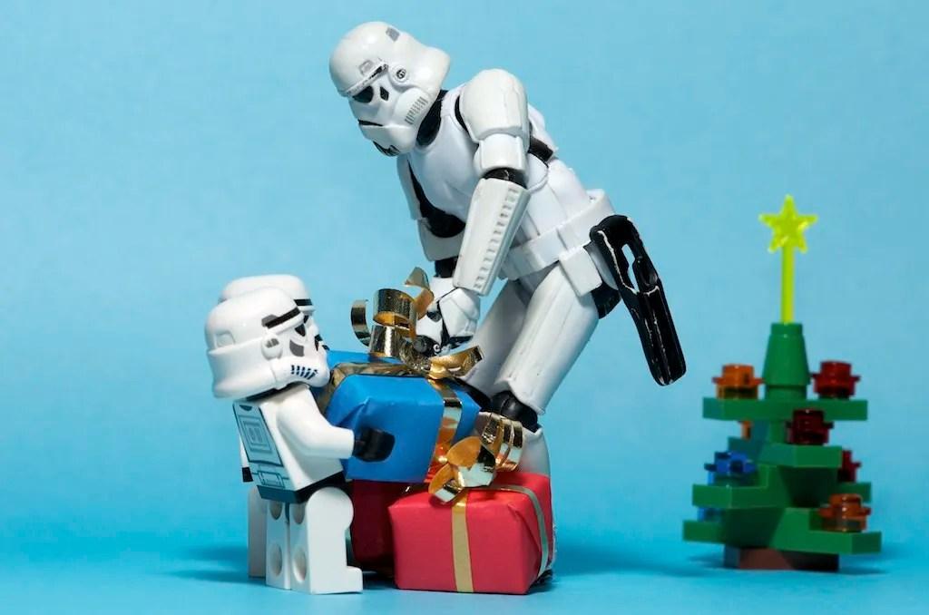 Cute Lego Stormtrooper Wallpaper Las Mejores Felicitaciones De Navidad Para Mandar Por