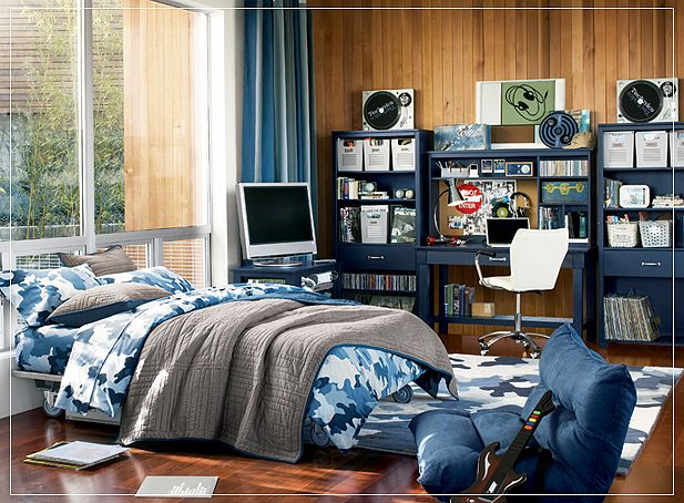 Use a large round rug between the seating area and television to create an entertainment nook, or place an area rug next to the bed for a little softness and warmth on chilly mornings when he gets up for school. Teen Room Ideas
