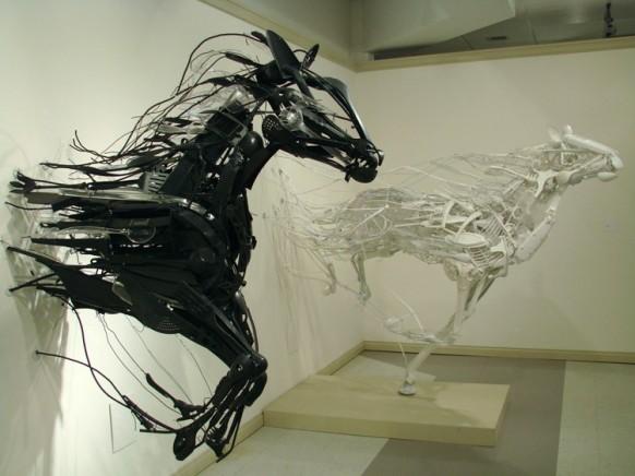 EmergenceConv horses