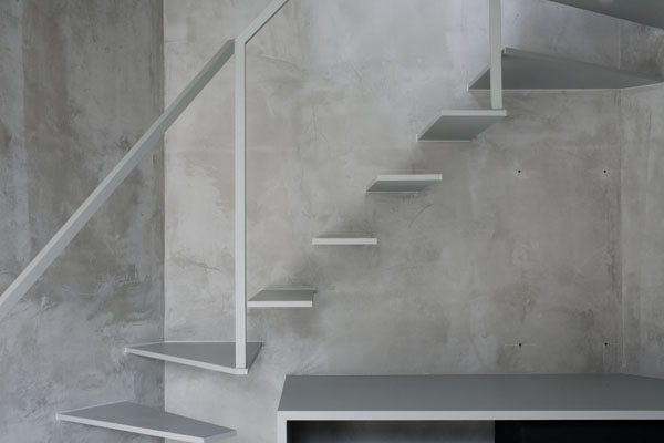 Super Thin Apartment in Tokyo