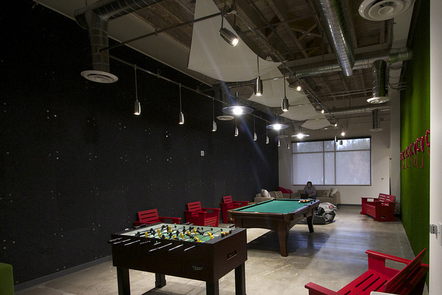 office play area  Interior Design Ideas
