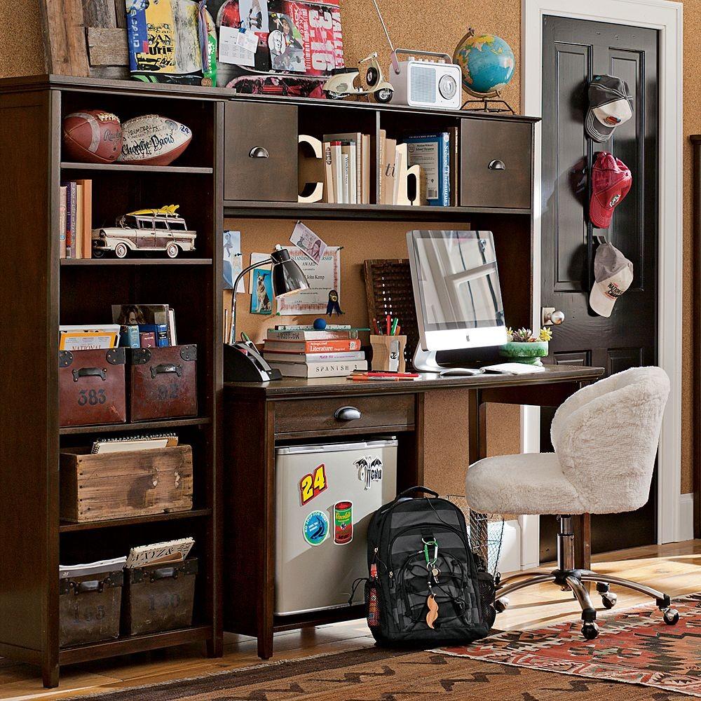 boys study space wood desk  Interior Design Ideas