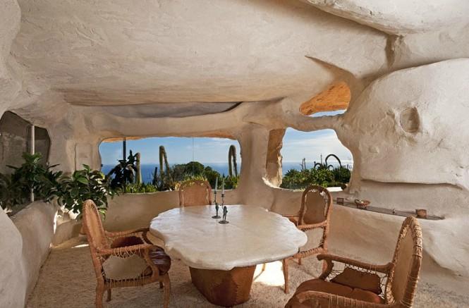 flintstones style interiors
