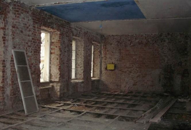 Loft interior BEFORE...