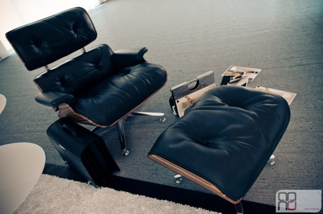 Walnut black Eames chair