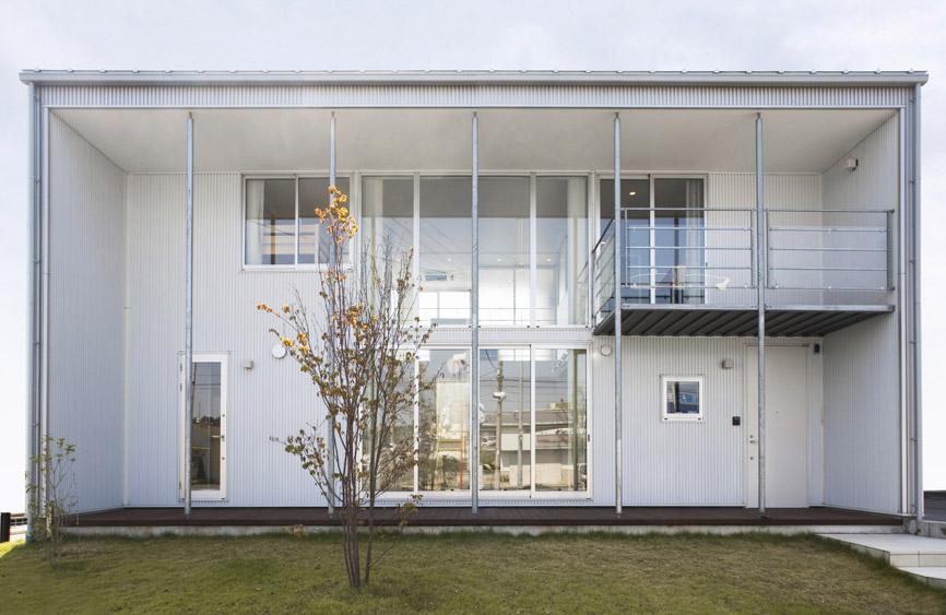 Minimalist Japanese Prefab House