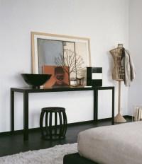 Black console table | Interior Design Ideas.