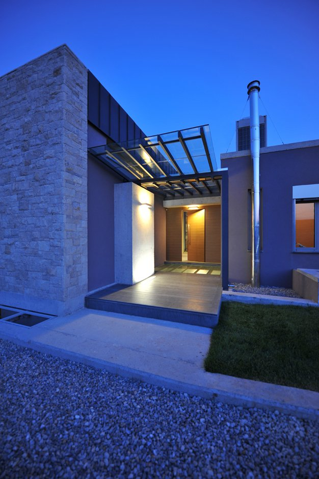exterior modern entry 2  Interior Design Ideas