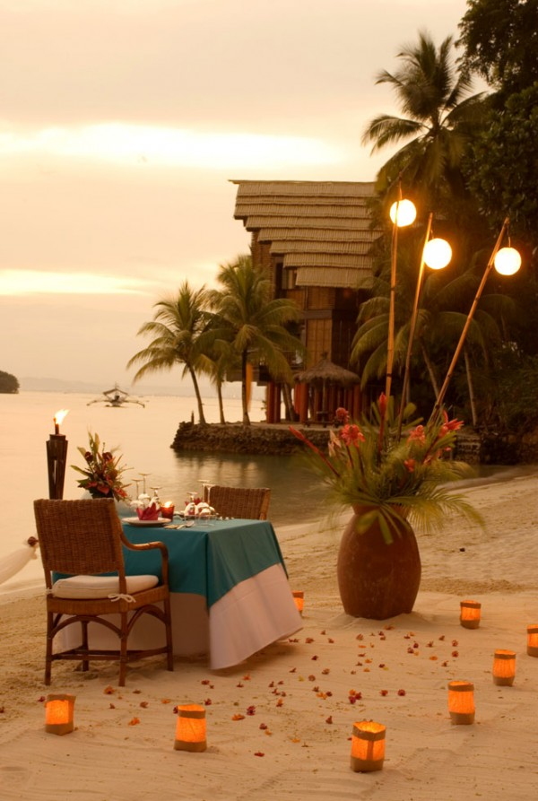 Pearl Farm Hotel- beach dinner set up evening