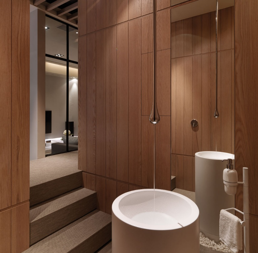 MultiLevel Contemporary Apartment