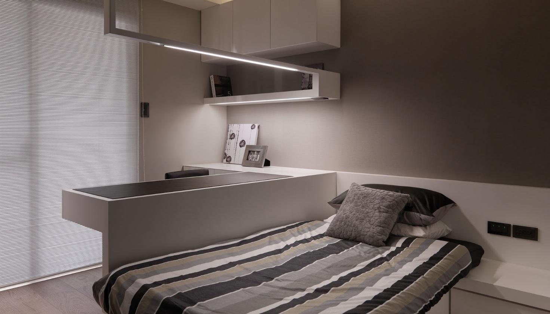 white modern upstairs bedroom  Interior Design Ideas