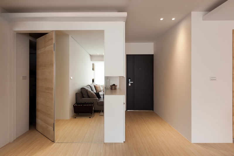 Modern Apartment Design Maximizes Space Minimizes Distraction