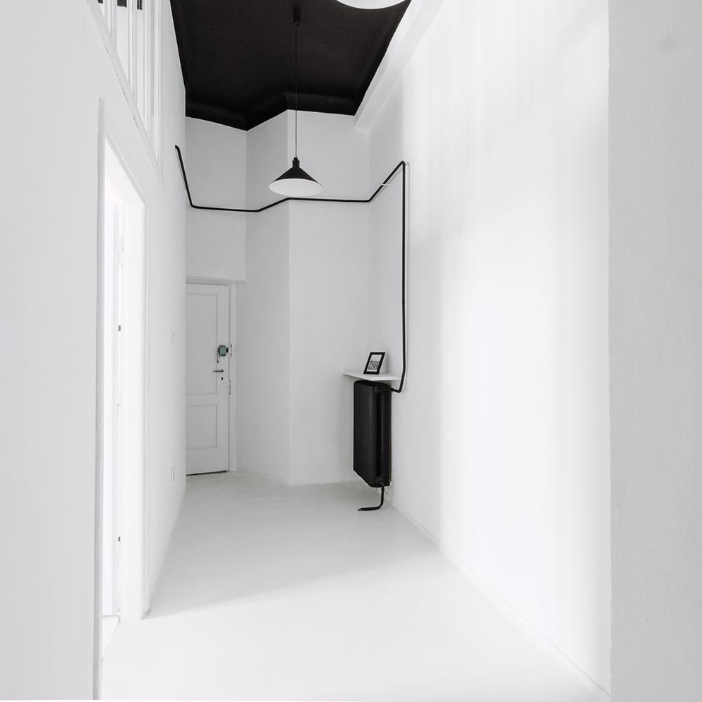 White hallway black ceiling  Interior Design Ideas