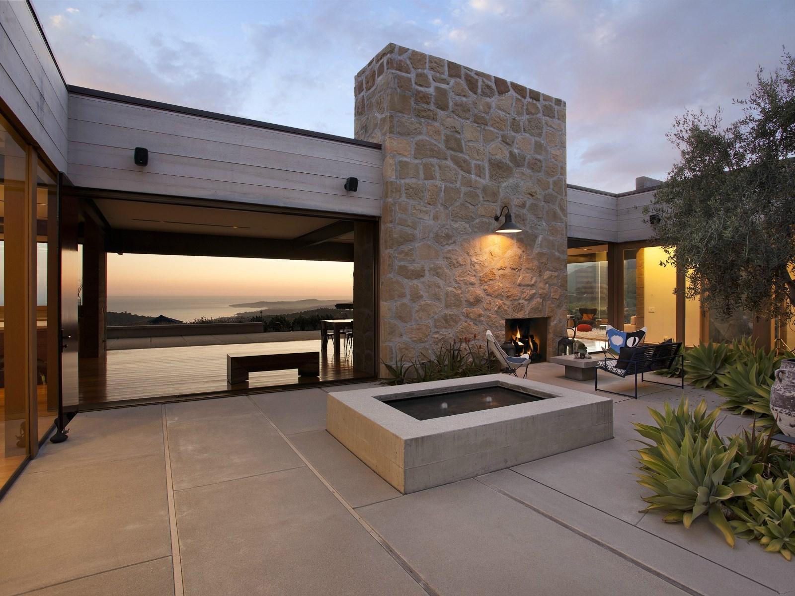 A Modern Architectural Masterpiece In California