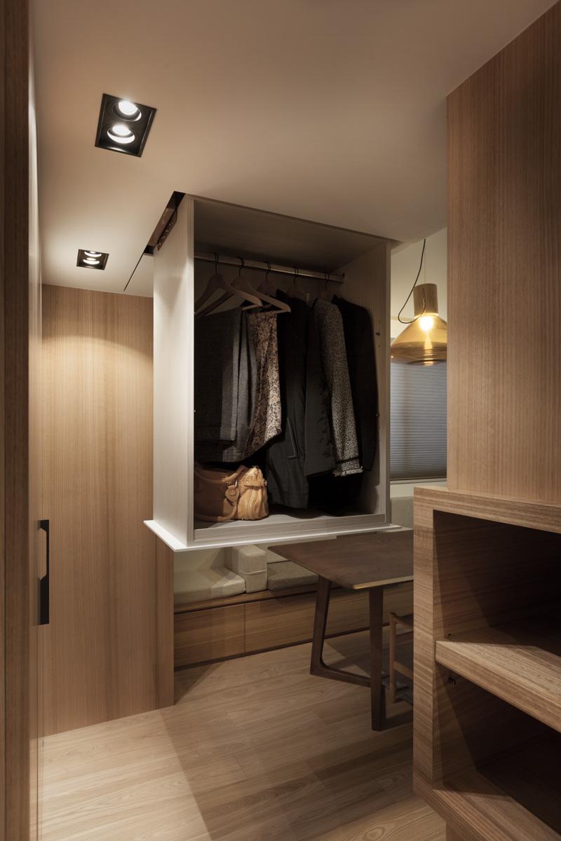 hiddenclosetdesign  Interior Design Ideas