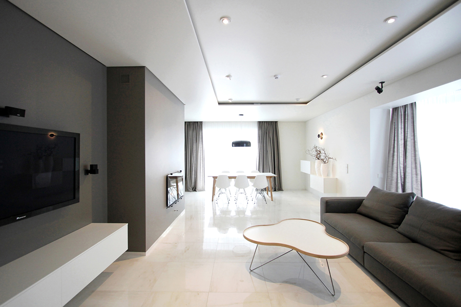 The Beauty of Simple Minimalist Interior with Maximum Style
