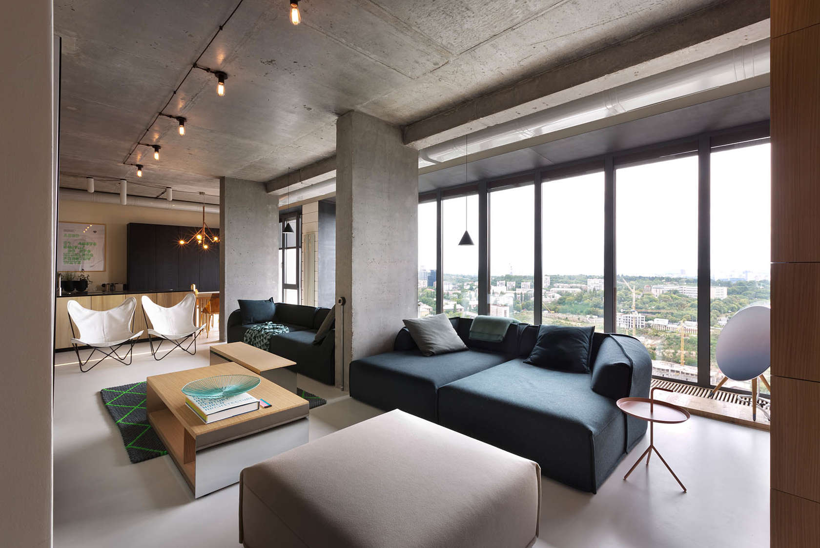 A Smart Penthouse in Kiev is the Perfect Party Pad