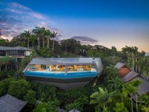 Futuristic Luxury Home Designs